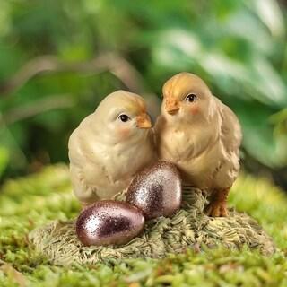 "Polystone Chicks W Foil Egg 4"""