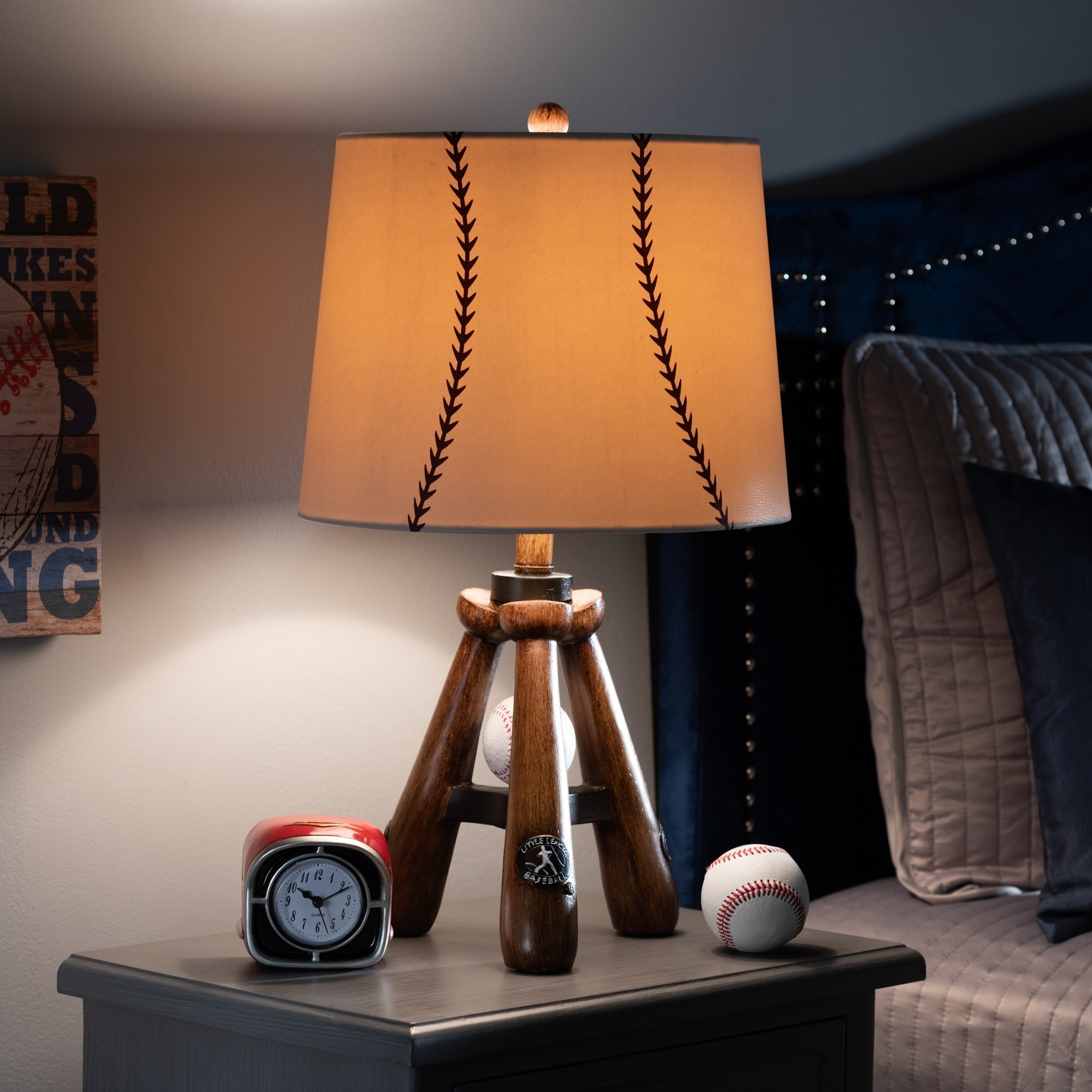 Shop Contemporary Baseball Table Lamp Overstock 27551988