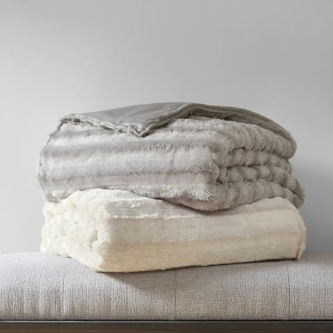 Beautyrest York Faux Fur Weighted Blanket