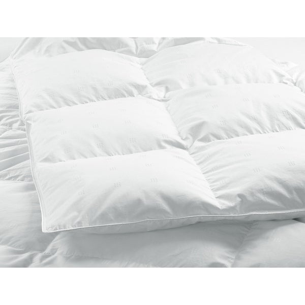 HighlandFeather Marseille White Down Comforter Deluxe Fill