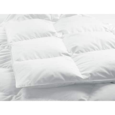 HighlandFeather Montpellier White Down Comforter Deluxe Fill
