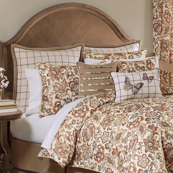 Delilah 4-piece Comforter Set