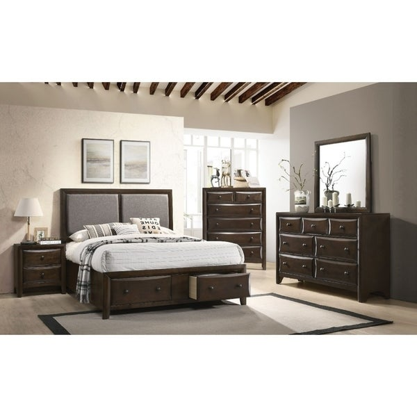 Kotor 5 Pieces Transitional Bedroom Set in Walnut Finish