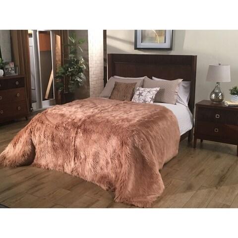 Silver Orchid Alden Plush Faux Sheepskin Luxury Bedspread