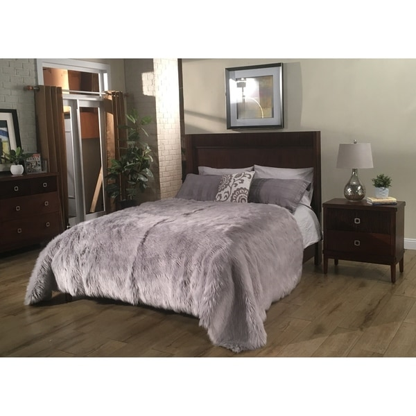 Tribeca Ultra Plush Faux Sheepskin Luxury Bedspread