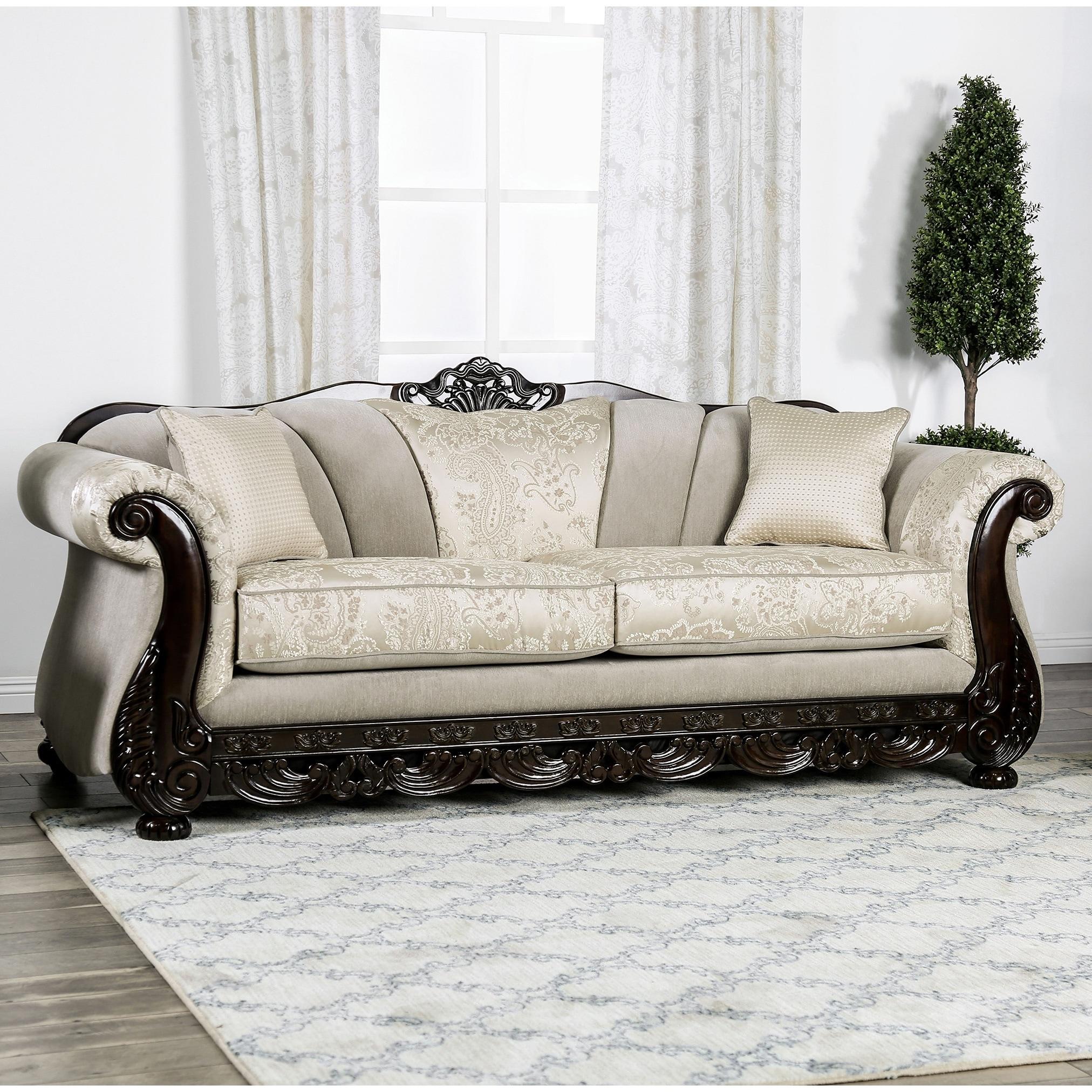 Gracewood Hollow Dikic Traditional Sofa