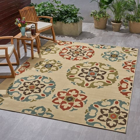 Christopher Knight Home Shiloh Outdoor Medallion Area Rug