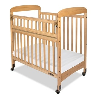 "Child Craft Avery SafeAccess Compact Clearview Crib with 2"" Casters"