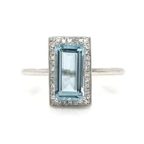 Rectangular Aquamarine with Round Diamonds Ring