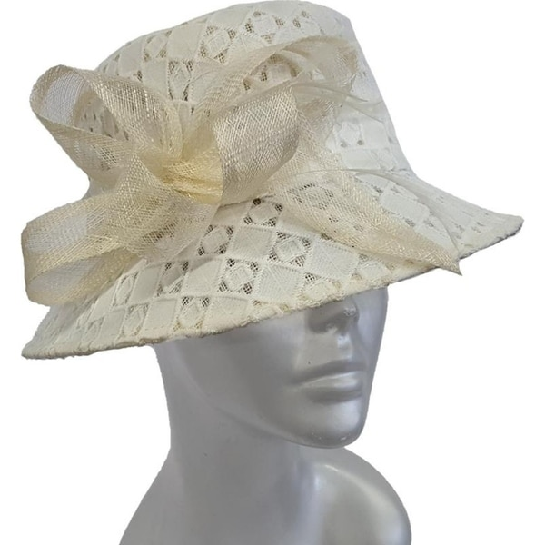 0a4c653e69 Shop Women s Lace Covered Straw Sinamay Derby Church Dressy White Hat -  Free Shipping Today - Overstock - 27649049