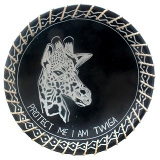 "Handmade 8"" Protect Me Kisii Soapstone Giraffe Plate with Sisal Rope (Kenya)"