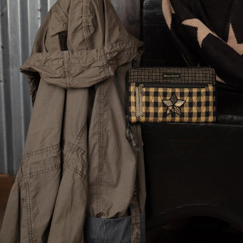Black Primitive Handbags VHC Farmhouse Star Wrist Strap Wallet Wallet Cotton Star Patchwork Antique Brass Hardware - 4.75x8x0.75