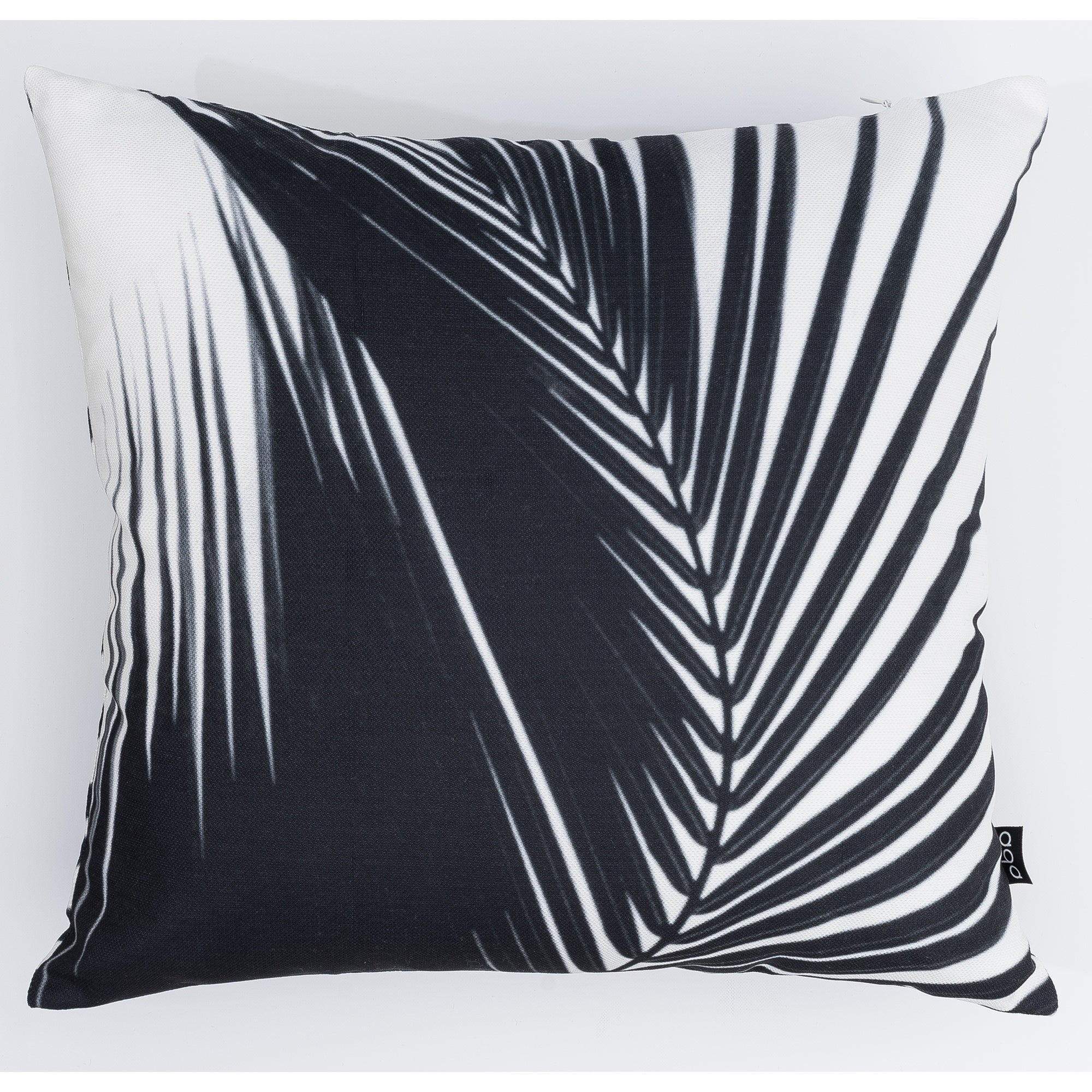 Leaves Modern Pillow (Accent - 16 x 16 - Polyester)