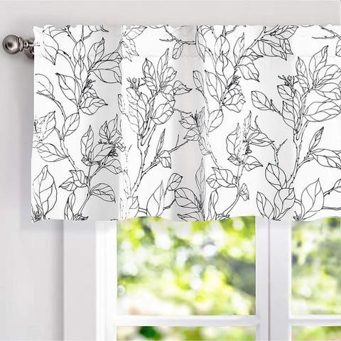 Carson Carrington Tappet Sketch Pattern Lined Window Valance