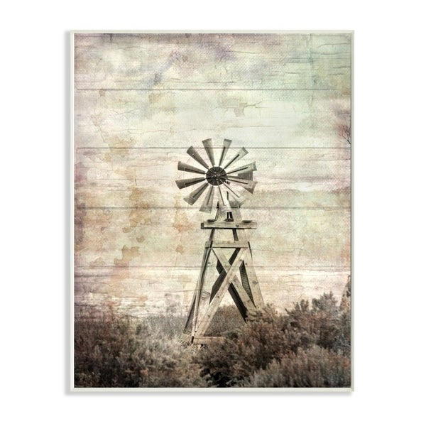 The Stupell Home Decor Distressed Silent Windmill Photography with Rustic Planked Wood Look, 12 x 18, Proudly Made in USA