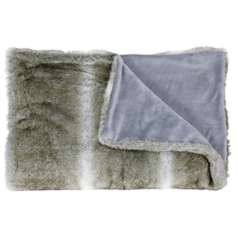 Mina Victory Faux Wolf Throw Blanket