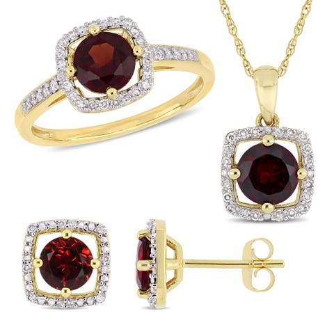 Miadora 10k Yellow Gold Garnet and 1/3ct TDW Diamond Floating Halo Jewelry Set