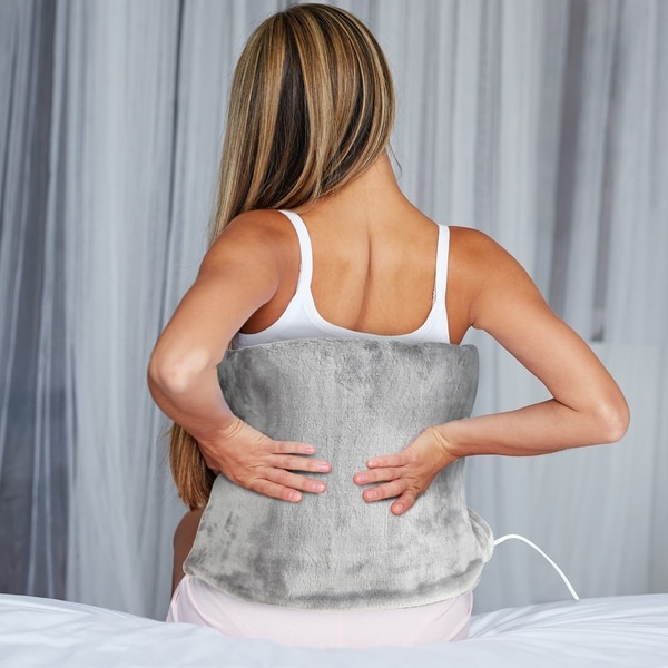 Electric Heating Pad with 8 Heat and 4 Timer Settings, Machine Washable Cover and 9.5 Foot Cord-Plush Heat Pack by Bluestone