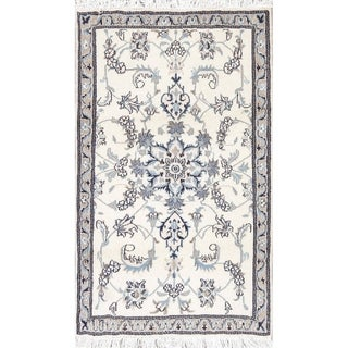 "One of a Kind Nain Floral Handmade Wool Persian Oriental Area Rug - 4'7"" x 2'9"""