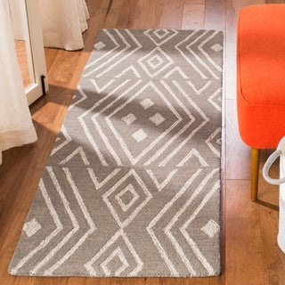 Safavieh Handmade Micro-Loop Transitional Geometric Wool Rug