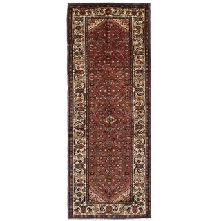 eCarpetGallery  Hand-knotted Hosseinabad Red Wool Rug - 3'10 x 10'6