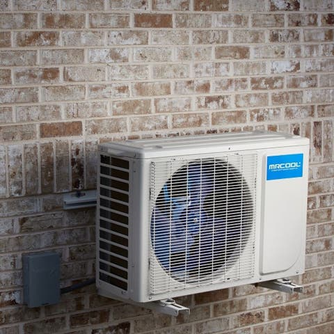MRCOOL Advantage 9,000 BTU 18 SEER Single Ductless Mini Split with Wireless Smart Controller