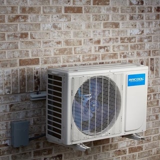 MRCOOL Advantage 9,000 BTU 3/4 ton 18 SEER Single Ductless Mini Split with Wireless-Enabled Smart Controller