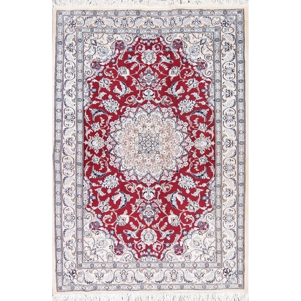 """Nain Medallion Hand-Knotted Wool with Silk Persian Oriental Area Rug - 6'6"""" x 4'6"""""""