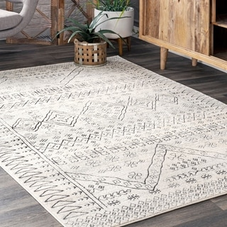 nuLOOM Transitional Tribal Banded Ethnic Bria Area Rug