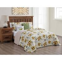 Yara Reversible Quilt Set with Throw Pillows