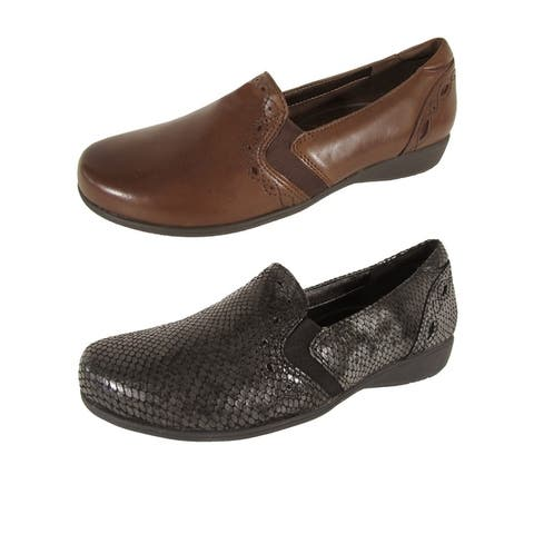 Aravon Womens Adalyn-AR Slip On Flats