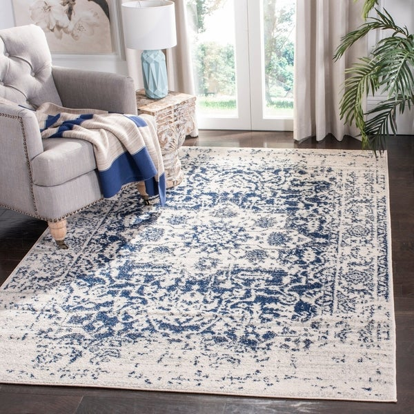 Safavieh Madison Vintage Medallion Cream/Navy Rug