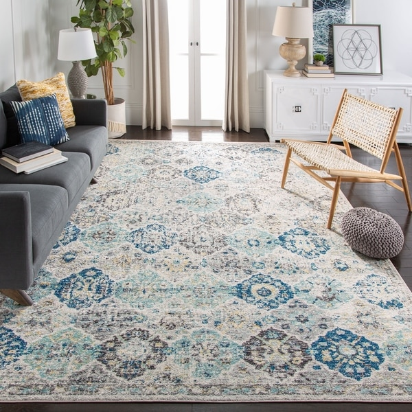 Safavieh Madison Avery Vintage Floral Ivory / Aqua Distressed Rug