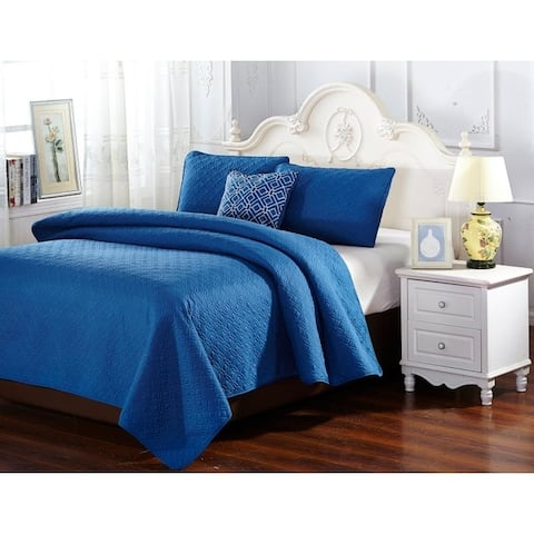 Porch & Den Sue Solid Blue Embroidered 4-Piece Reversible Quilt Bedspread Set
