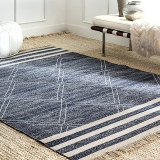 nuLOOM Indoor Outdoor Stripes and Diamonds Shasta Area Rug with Fringes