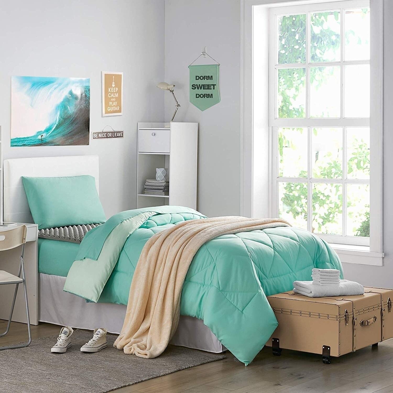 Porch Den Biles Yucca Hint Of Mint Twin Xl Dorm Room Bedding Set Overstock 27994434