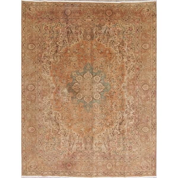 Gracewood Hollow Nyerere Handmade Distressed Wool Muted Handmade Rug - 12'8 x 9'10