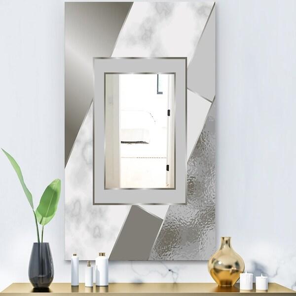 Designart 'Marbled Marvelous 8' Glam Mirror - Accent or Vanity Mirror - Gold