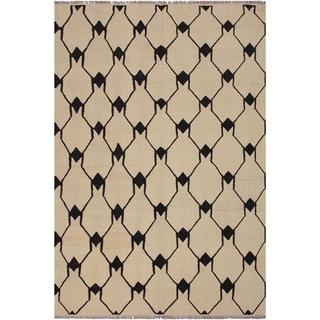 "Kilim Dorthey Ivory/Black Hand-Woven Wool Rug -5'8 x 7'4 - 5'8"" x 7'4"""