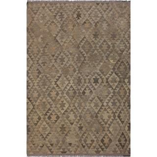 "Kilim Byron Gray/Tan Hand-Woven Wool Rug -5'9 x 7'9 - 5'9"" x 7'9"""