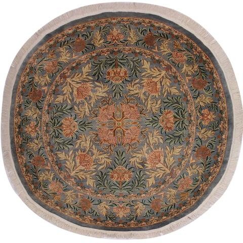 "William Morris Pak-Persian Albina Gray/Pink Wool Round - 8'1 x 8'3 - 8'1"" x 8'3"" - 8'1"" x 8'3"""