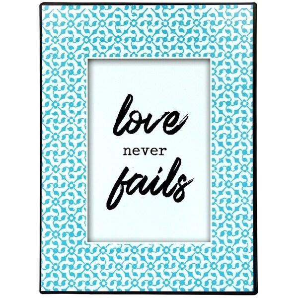Love Never Fails Metal Wall Decor