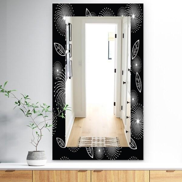 Designart 'Retro Of Stylized Flowers' Traditional Mirror - Frameless Wall Mirror - Black
