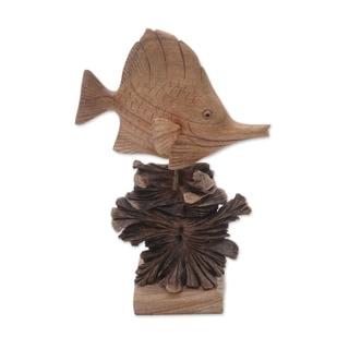 Handmade Tang Fish Wood Sculpture (Indonesia)