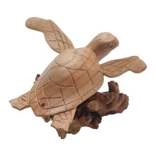 Handmade Turtle Current Wood Sculpture (Indonesia)