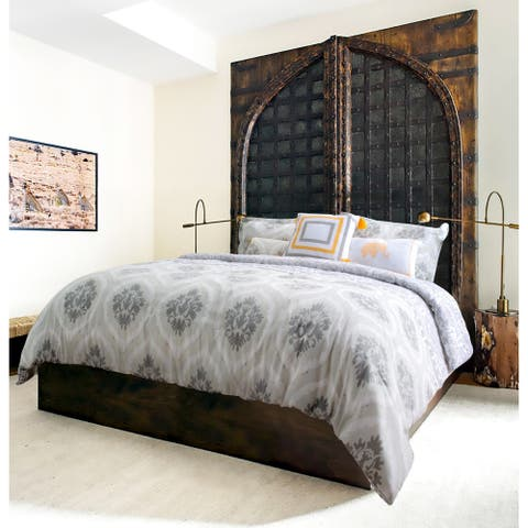 Explore brand - Bombay Printed 6-piece Comforter Set - Medallion Pattern in Grey, Taupe and White