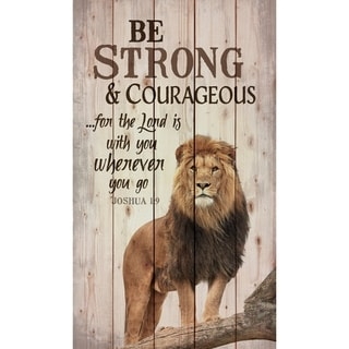 Be Strong Pallet Décor