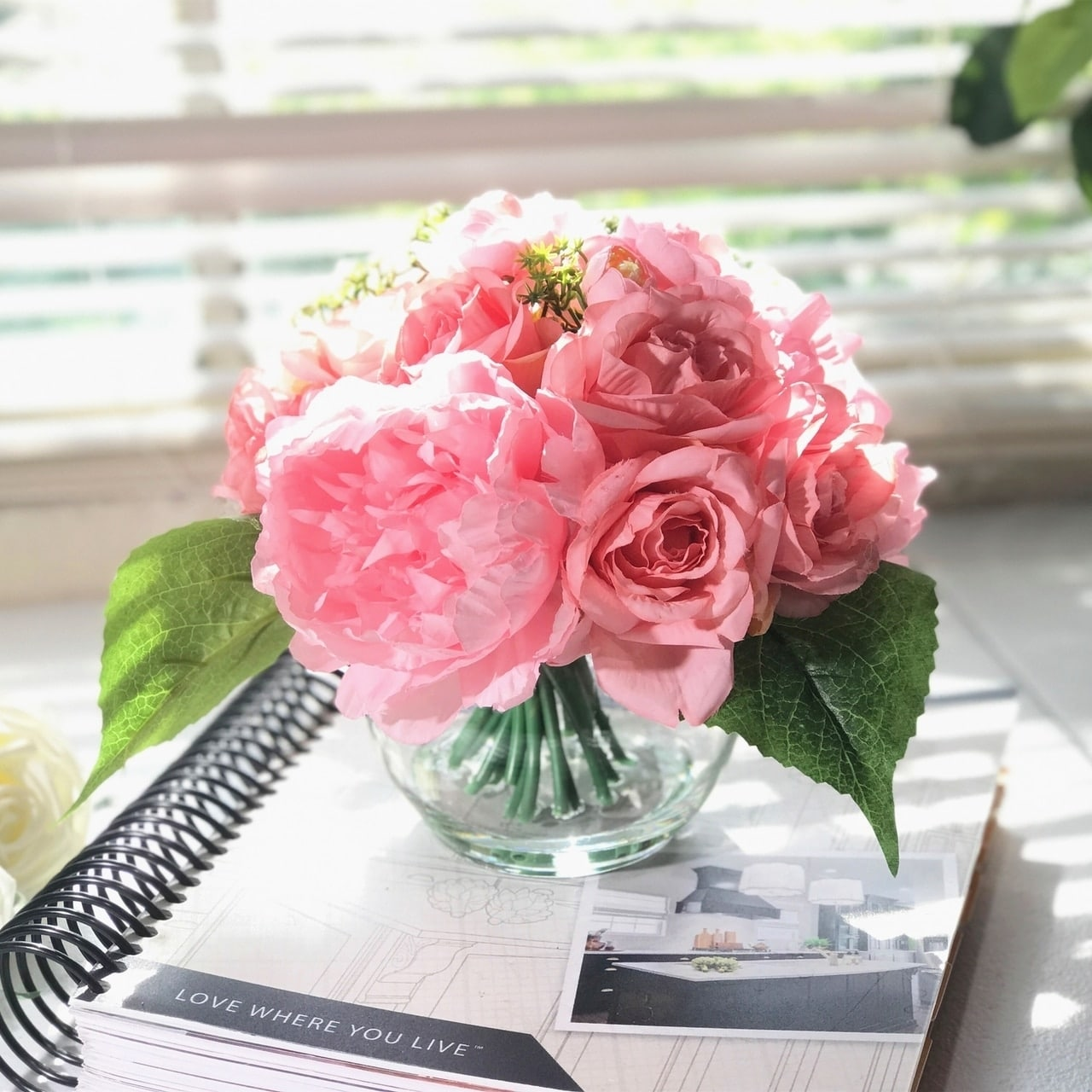 Enova Home Pink Rose And Peony Mixed Flower Arrangement In Round Glass Vase With Faux Water Overstock 28016702