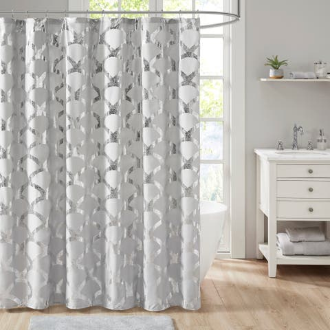 Intelligent Design Kaylee Metallic Scallop Shower Curtain