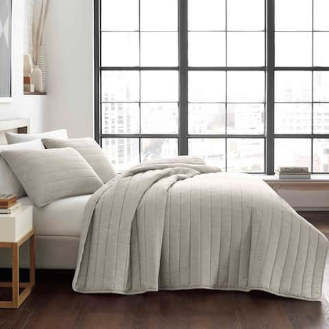 City Scene Pascal Grey Quilt Set